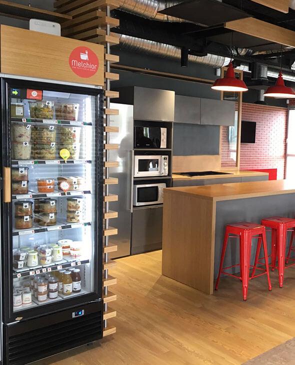 frigo melchior dans un espace de restauration d entreprise